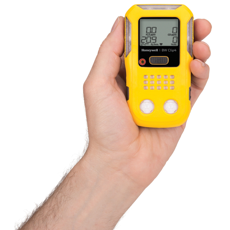 BWClip4_Inhand_MultiGas_Detection_BWTechnologies_ElectrogasMonitors