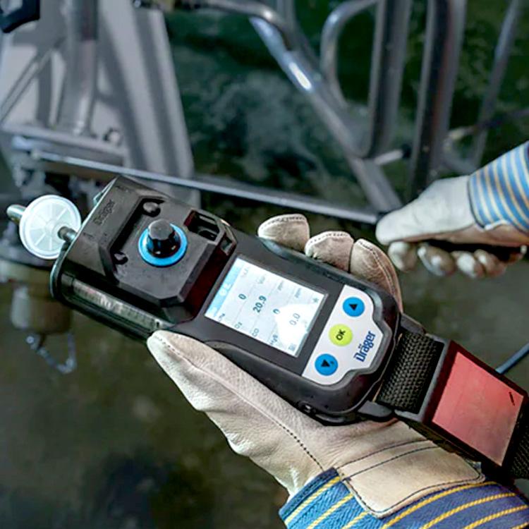 XAM3500_Inuse_1_SpecialtyGas_Draeger_Safety_ElectrogasMonitors
