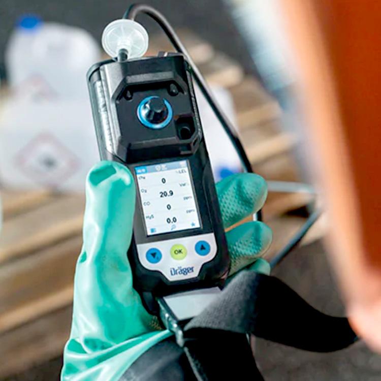 XAM3500_Inuse_2_SpecialtyGas_Draeger_Safety_ElectrogasMonitors